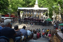 The outside stage, on the main street in the centre of Aix-en-Provence
